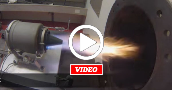 VIDEO: Serious Fire-Spitting 33,000 RPM 3D-Printed Miniature Jet Engine